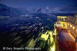 Icebreaker Nathaniel B. Palmer druises Artarctic Peninsula